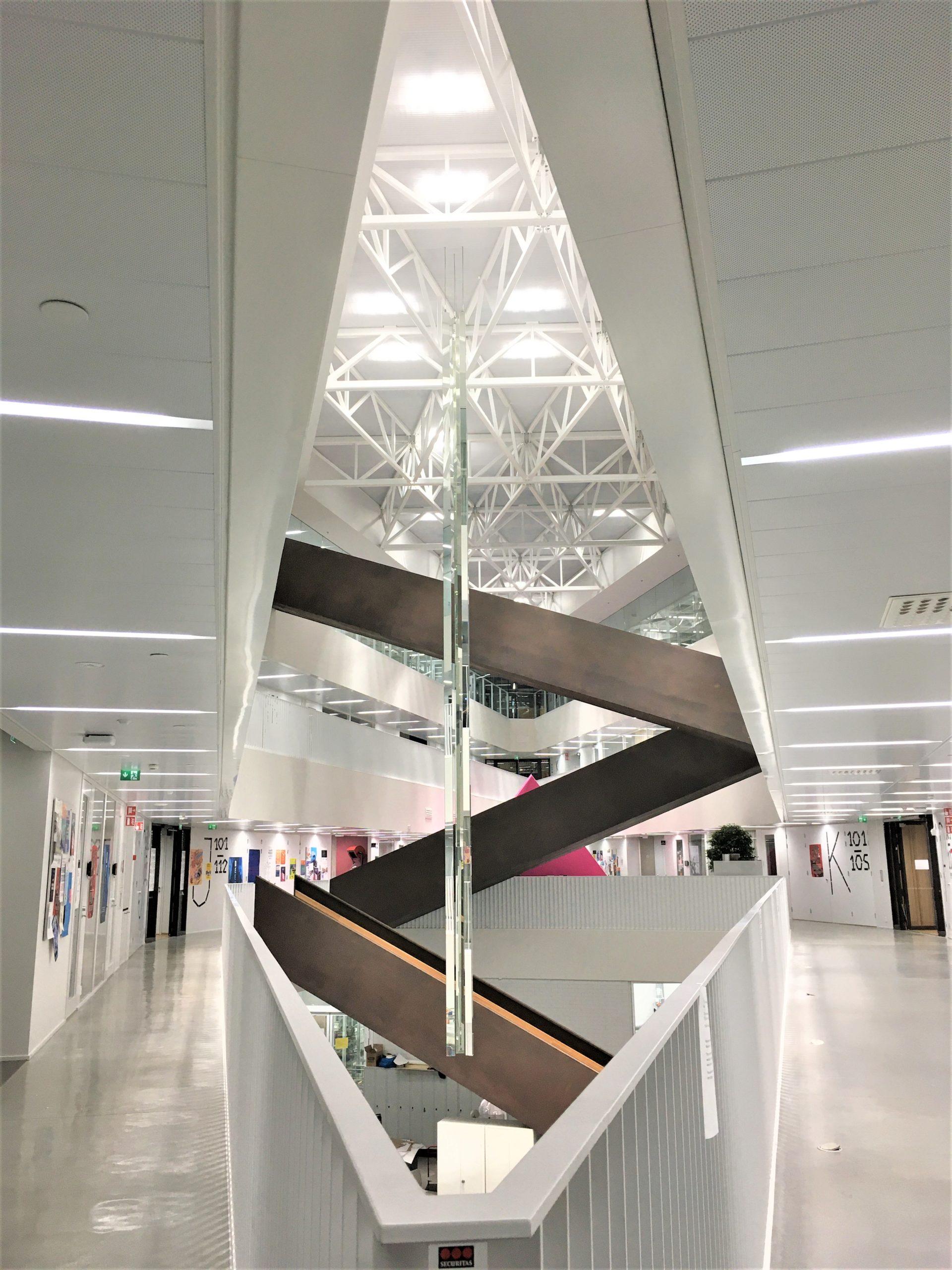 写真付き】デザイン性が高すぎるアールト大学を覗いてみよう ...